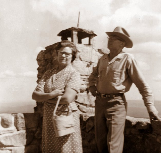 1960 Mildred and George at Monjeau Lookout