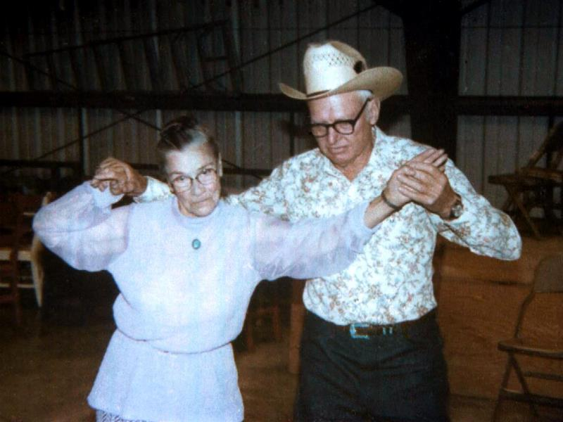 1982-07-31 Dancing at the Fuchs Family Reunion at Capitan